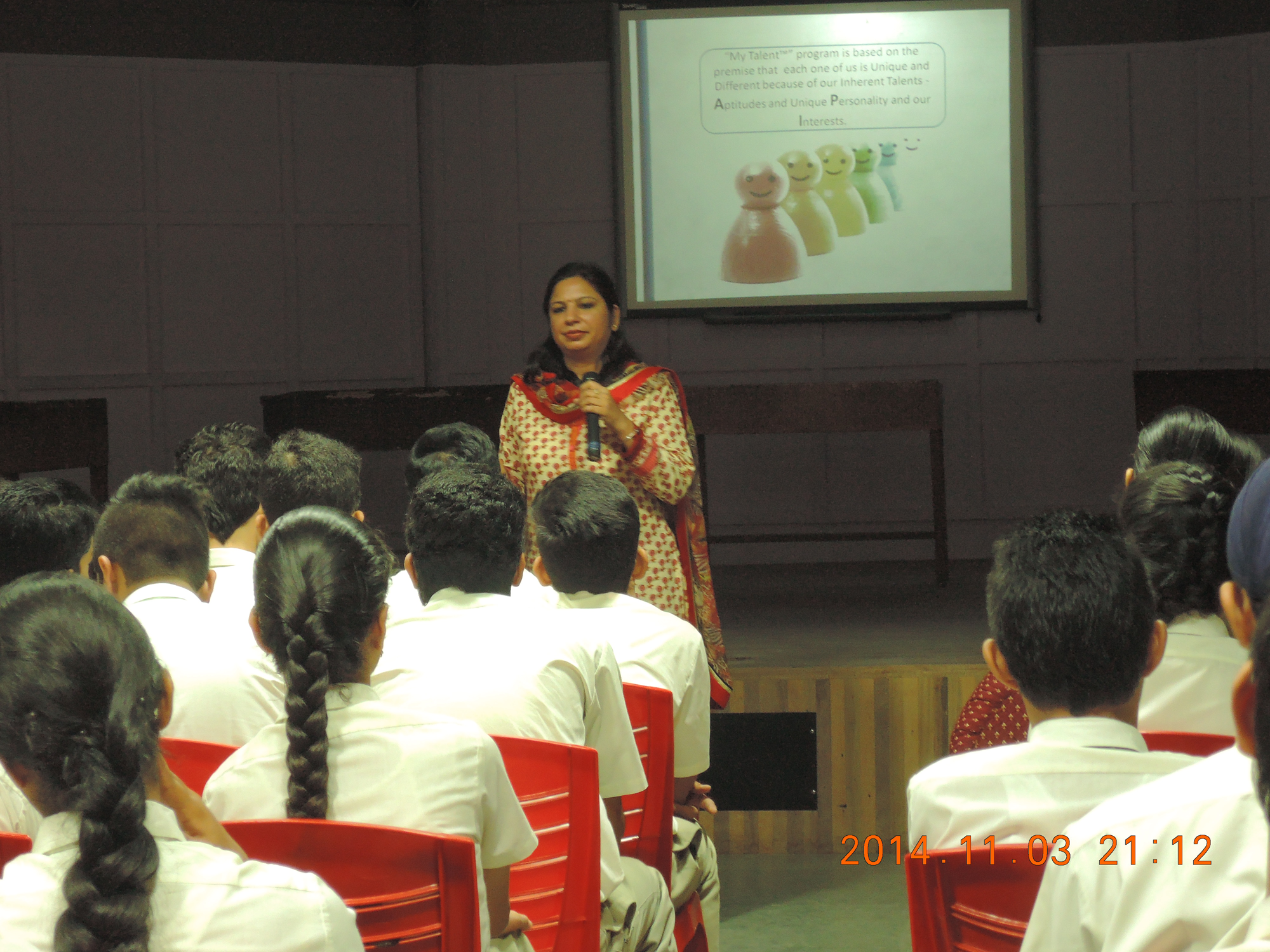online aptitude test personality assessment expert career dr anubhuti at the career orientation session at chandigarh